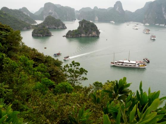 /image.axd?picture=/2015/4/Z. Ha Long Bay.JPG